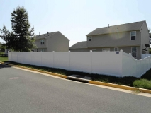 white-vinyl-pvc-fence-northern-va-1