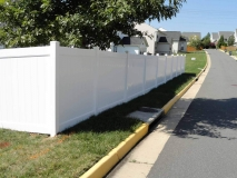 white-vinyl-pvc-fence-northern-va-4