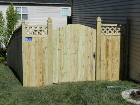 Wood Fence with Gate Installed at Leesburg, VA Property